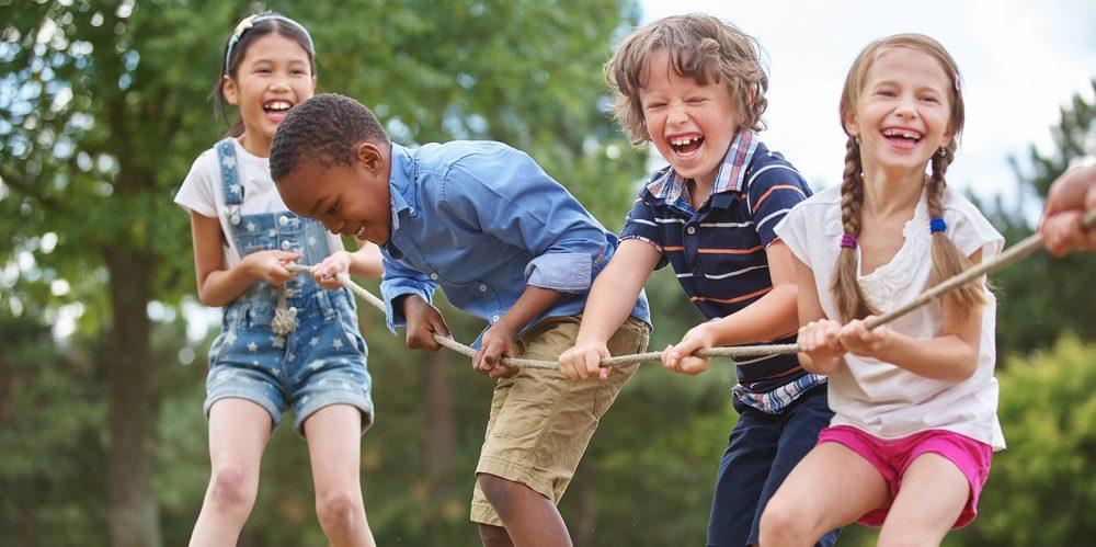 brincar ao ar livre reduz risco de miopia